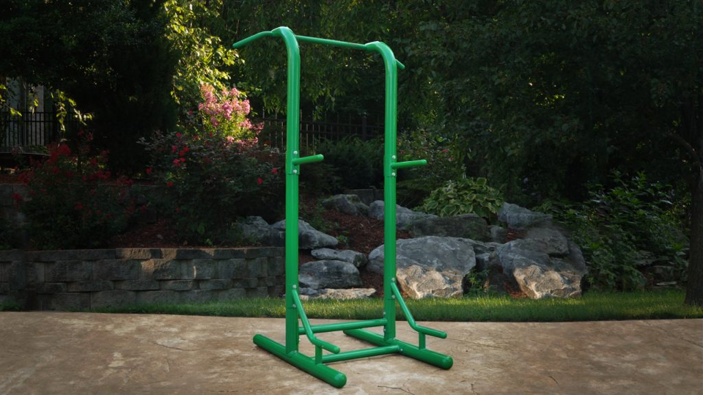 free standing pull up bar outdoor